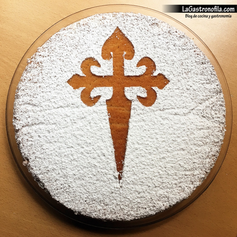 tarta-de-santiago-optimizada-con-marca-de-agua