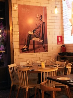 IMG_3689-Inclan-Brutal-Bar-Madrid-Sala-Decoracion