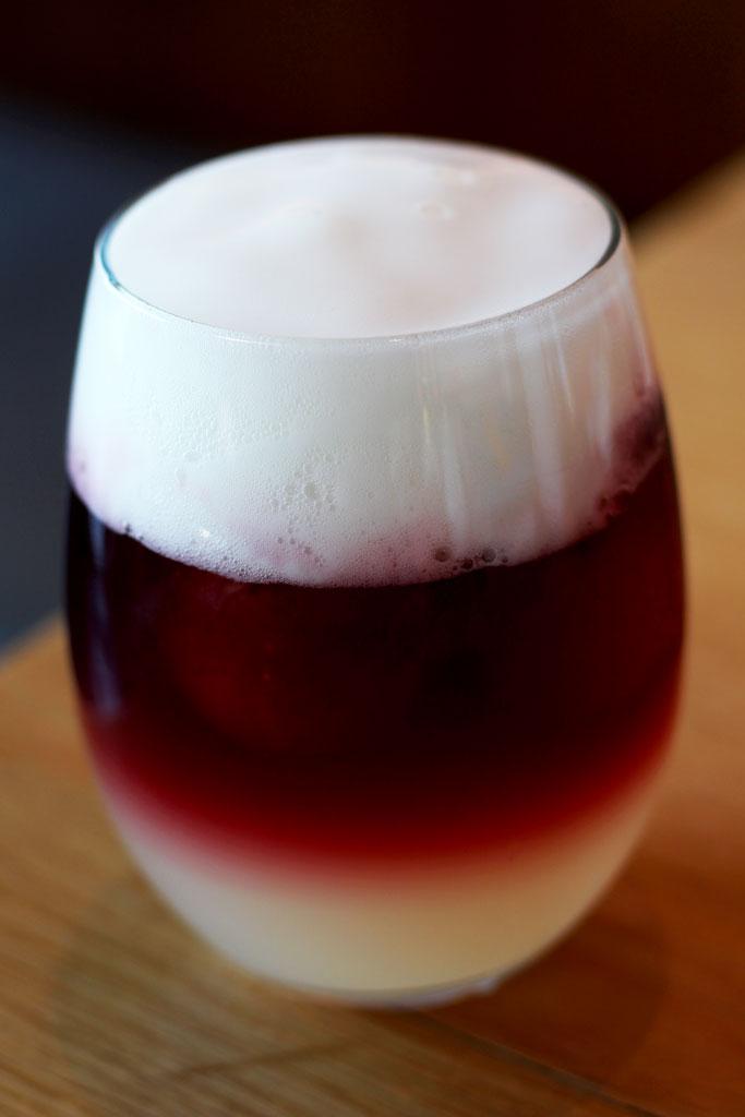 Distinto-de-verano-80-grados-las-tablas-tinto-de-verano-bebida