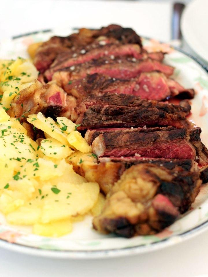 Restaurante-San-Francisco-El-Pardo---Chuleton-Vaca-Rubia-Gallega